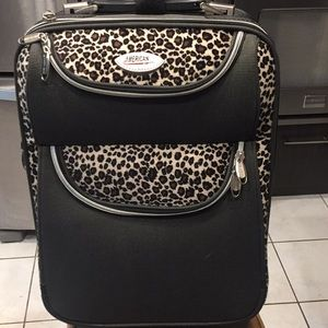 American Uni faux Print Leopard Skin Suitcase